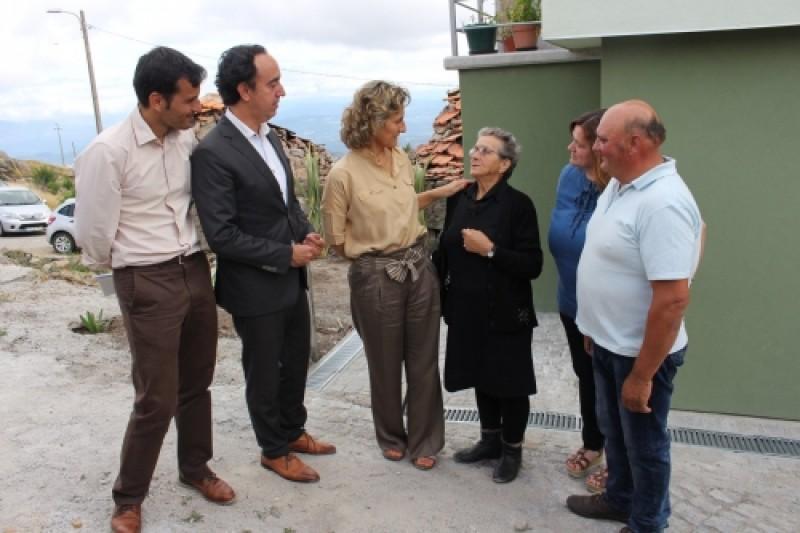 Resultado de imagem para Presidente da CCDR-C entrega mais sete casas reconstruídas no concelho de Vouzela